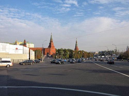 Боровицкая площадь в Москве