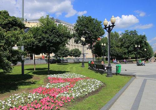 Цветной бульвар в Москве
