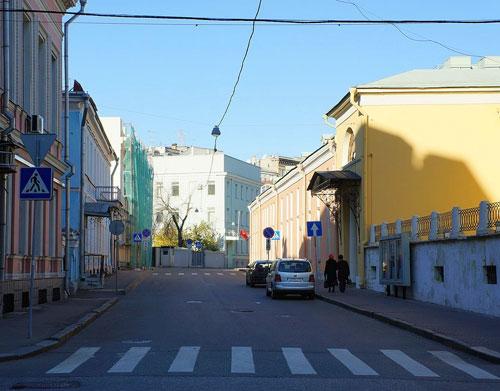 Хрущевский переулок в Москве