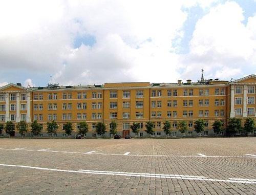 Ивановская площадь Кремля в Москве