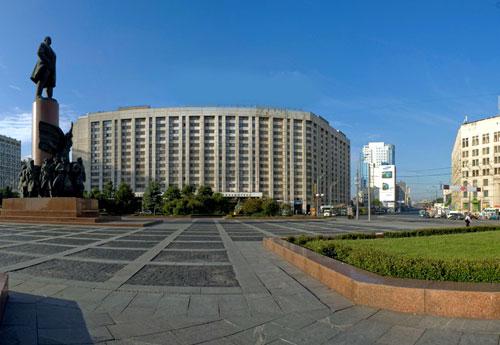 Калужская площадь в Москве