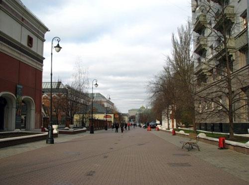 Лаврушинский переулок в Москве