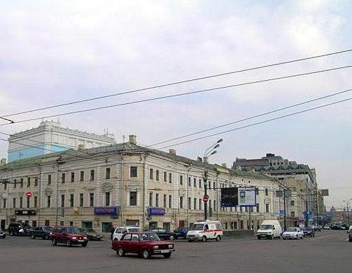 Серпуховская площадь в Москве