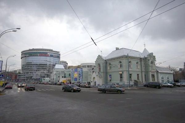 Улица Дурова в Москве