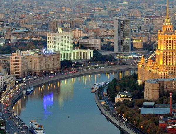 История и достопримечательности на Краснопресненской набережной в Москве
