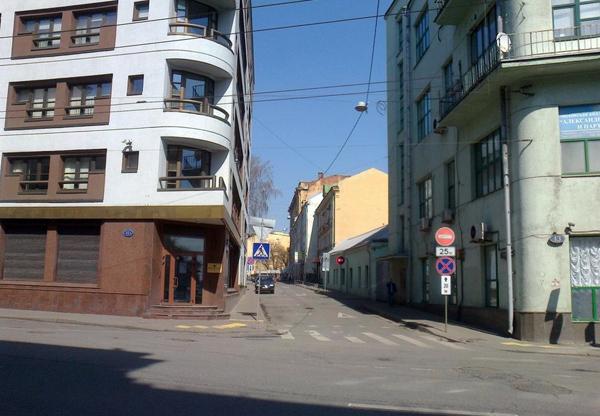 Лучников переулок в Москве