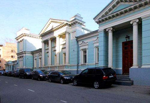 Улица Александра Лукьянова в Москве