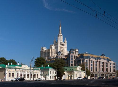 Новинский бульвар в Москве