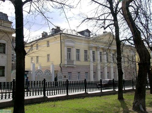 Покровский бульвар в Москве