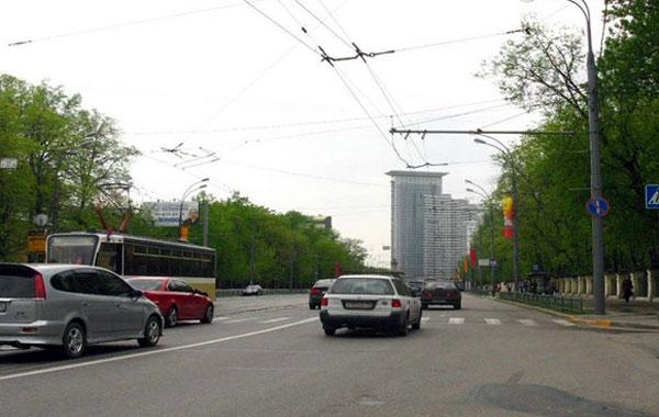 Улица Стромынка в Москве