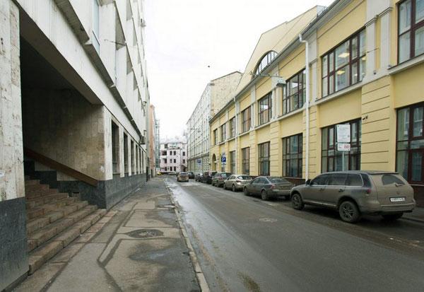 Улица Жуковского в Москве