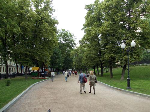 Гоголевский бульвар в Москве