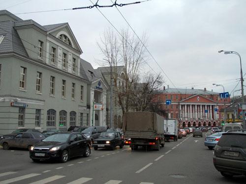 История, достопримечательности и дома на Новой Басманной улице
