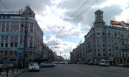 Тверская улица в районе Пушкинской площади